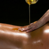 Cos'è il Massaggio Sharirika Abyangam?